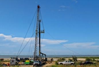 Hot shot trucking Texas oil rigs